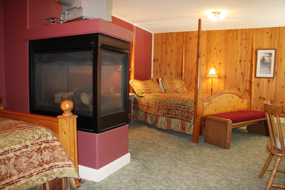 Itasca guest room - The LadySlipper Inn B&B