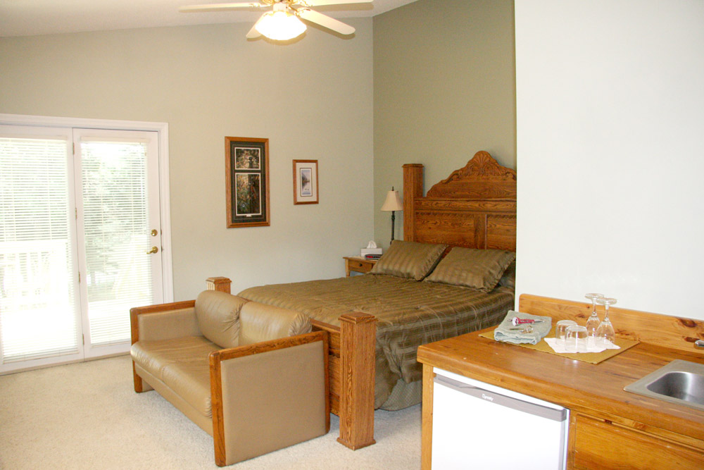 Tamarac guest room - The LadySlipper Inn B&B